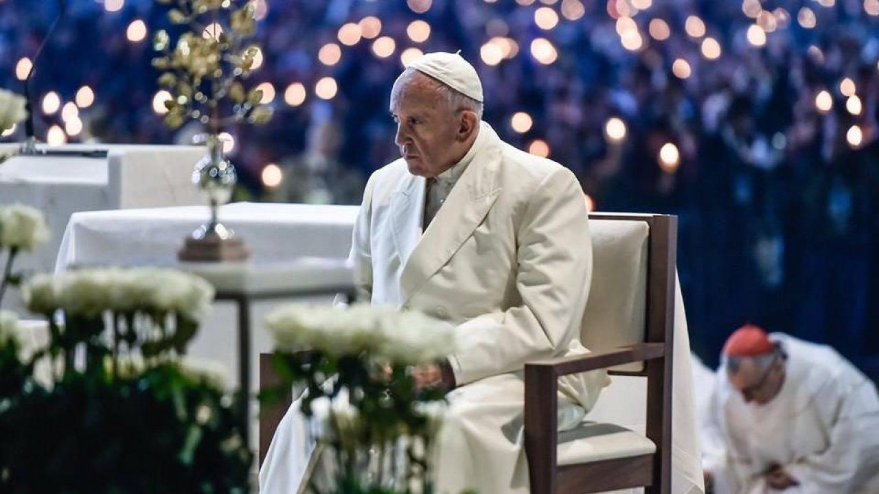 Önmagát alakítja Ferenc pápa