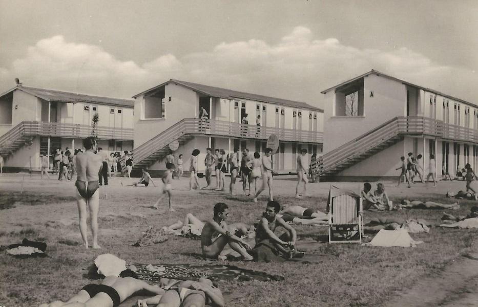 Strandfürdő, Agárd - képeslap, 1962 - Magyar Kereskedelmi és Vendéglátóipari Múzeum, CC BY-NC-ND