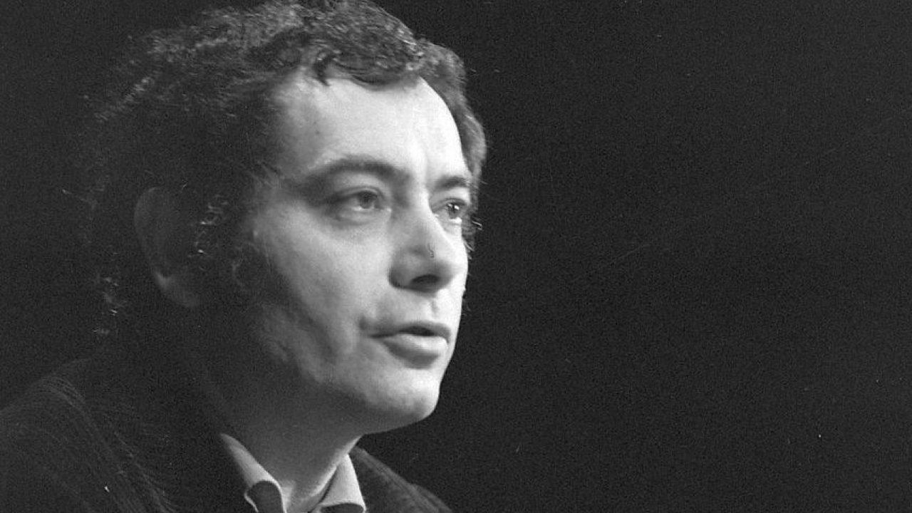 A kétszeres Kossuth-díjas költőre emlékeznek