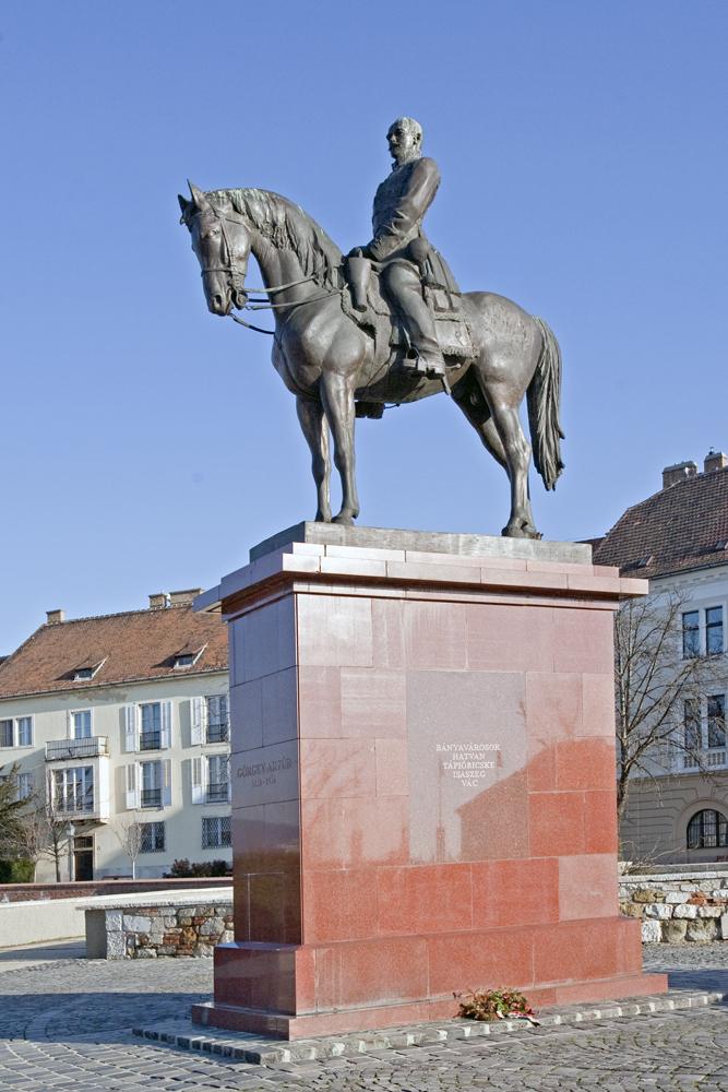 Görgey Artúr szobra - Magyar Nemzeti Digitális Archívum és Filmintézet, CC BY-NC-ND