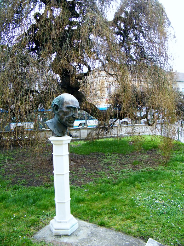 Téri Árpád szobra Debrecenben (MaNDA)