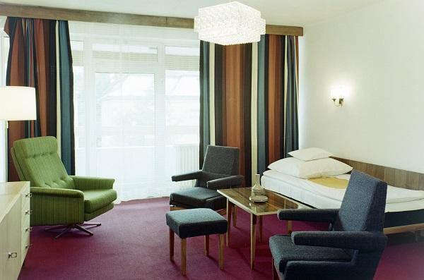 Hotelszoba - Fortepan, CC BY-SA