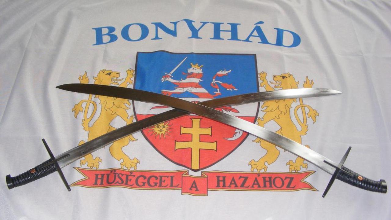 22. alkalommal adják át a bonyhádi Fazekas József fegyvermester szablyáit