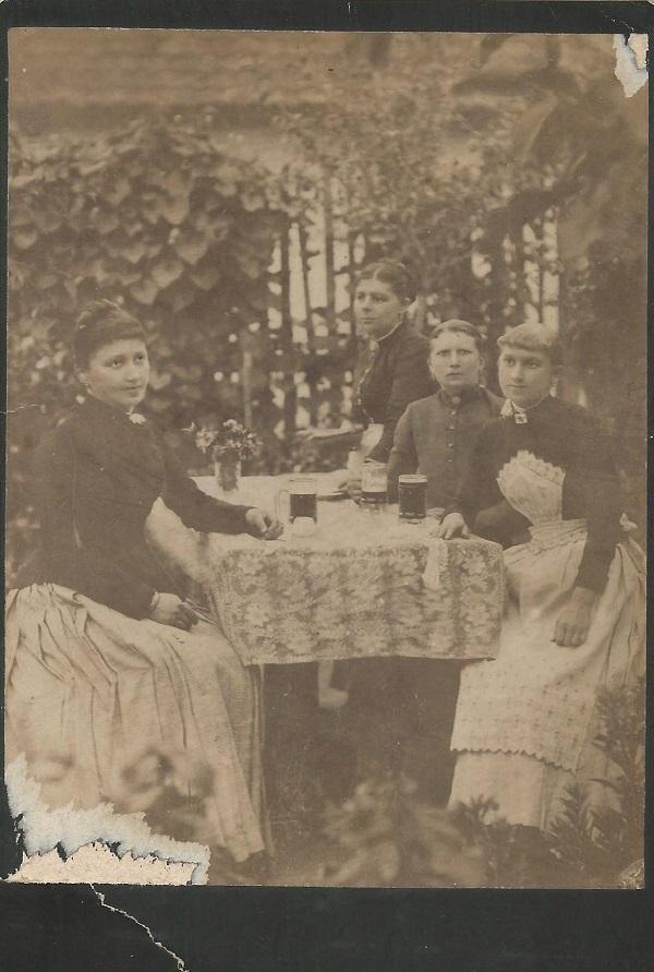 Erzsébet királyné Szálloda, Léva - Magyar Kereskedelmi és Vendéglátóipari Múzeum, CC BY-NC-ND