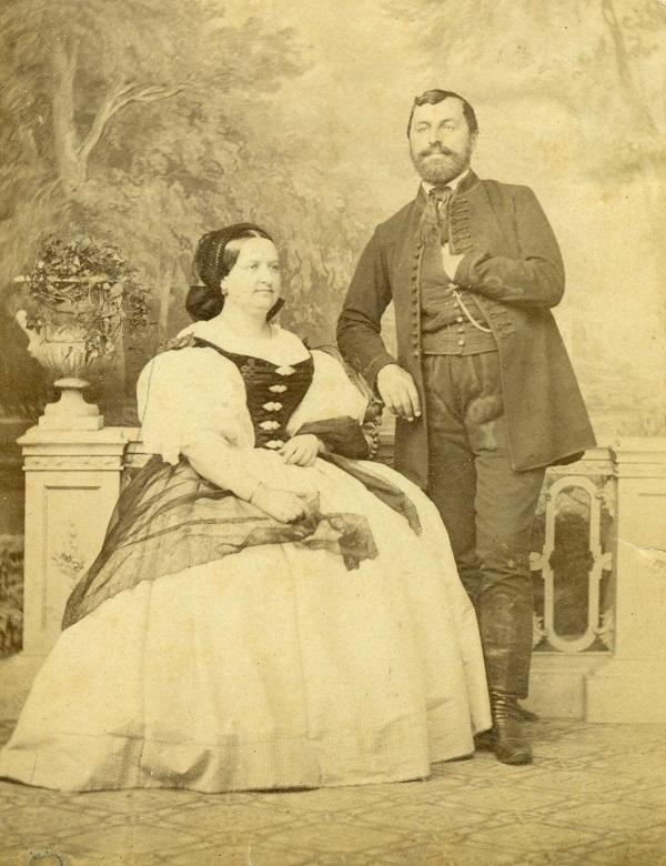 Gyárfás István és neje, Kenéz Borbála (1860-as évek) - Thorma János Múzeum, CC BY-NC-ND