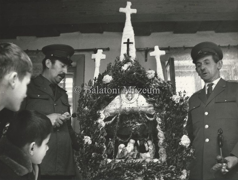 1970-ben a vörsi betlehemezőket fényképezte (MaNDA)