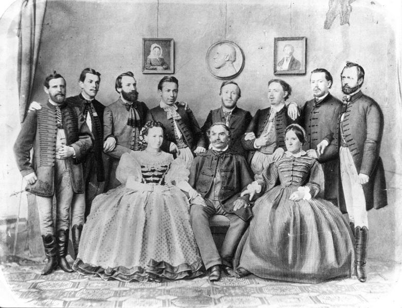 Kugler Antal cukrász és családja (1860-as évek) - Magyar Kereskedelmi és Vendéglátóipari Múzeum, CC BY-NC-ND