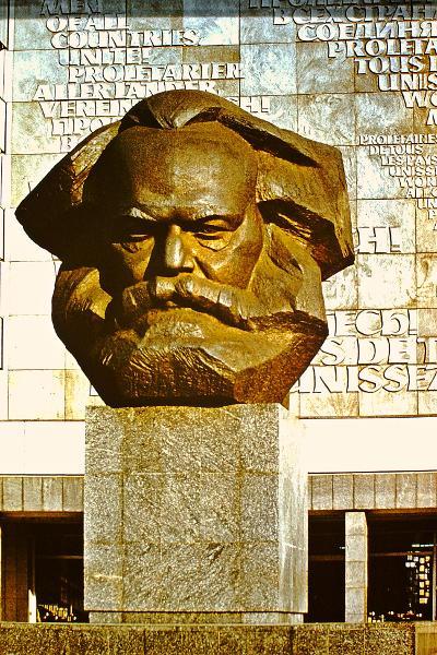 Karl Marx Stadt monumentális Marx-feje (MaNDA)