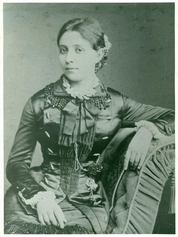 Schmalz Júlia portréja - Magyar Kereskedelmi és Vendéglátóipari Múzeum, CC BY-NC-ND