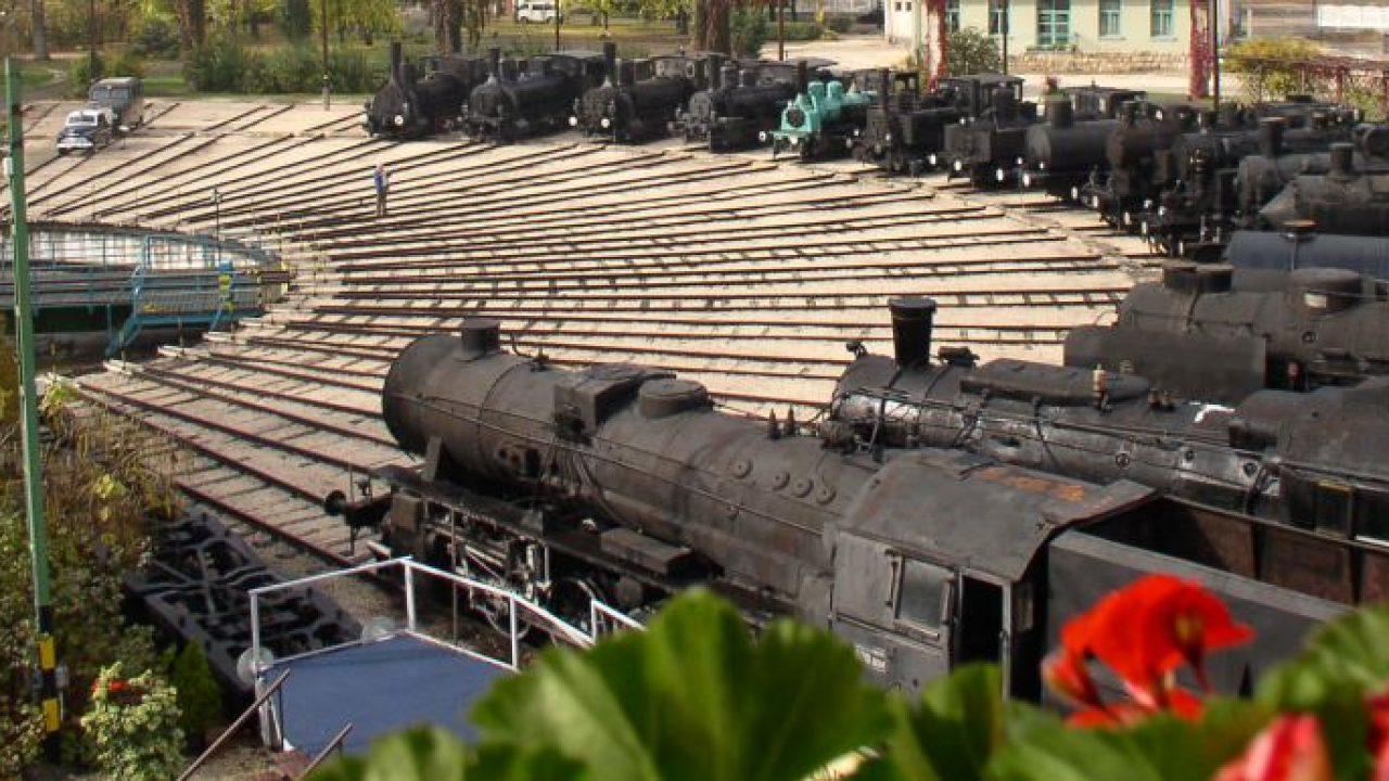 Nyuszikat keresni a mozdonyok között