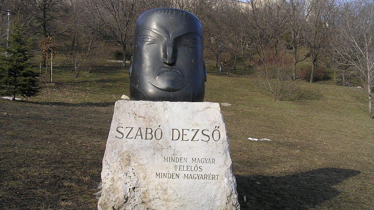Szervátiusz Tibor is elindult a nagy útra