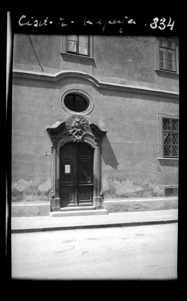Székesfehérvár Fő utcai rendház épülete