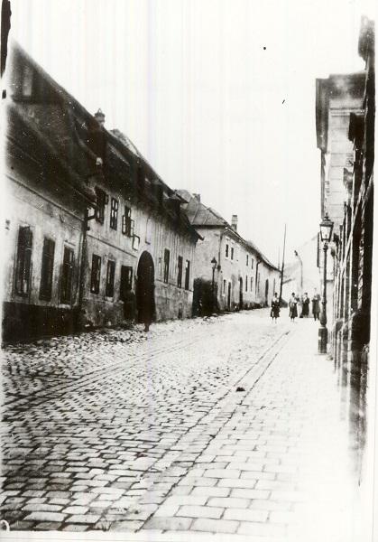 Tabán, Hadnagy utca felső része a fürdőtől - Magyar Kereskedelmi és Vendéglátóipari Múzeum, CC BY-NC-ND