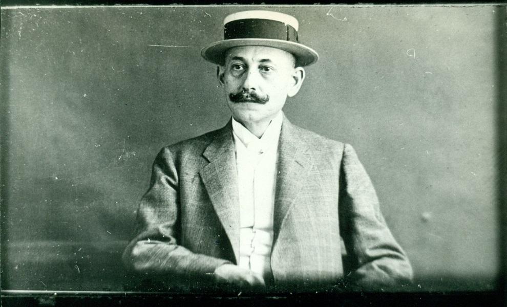 Grüneck Gusztáv kávés portré-fényképe (1900 körül) - Magyar Kereskedelmi és Vendéglátóipari Múzeum, CC BY-NC-ND