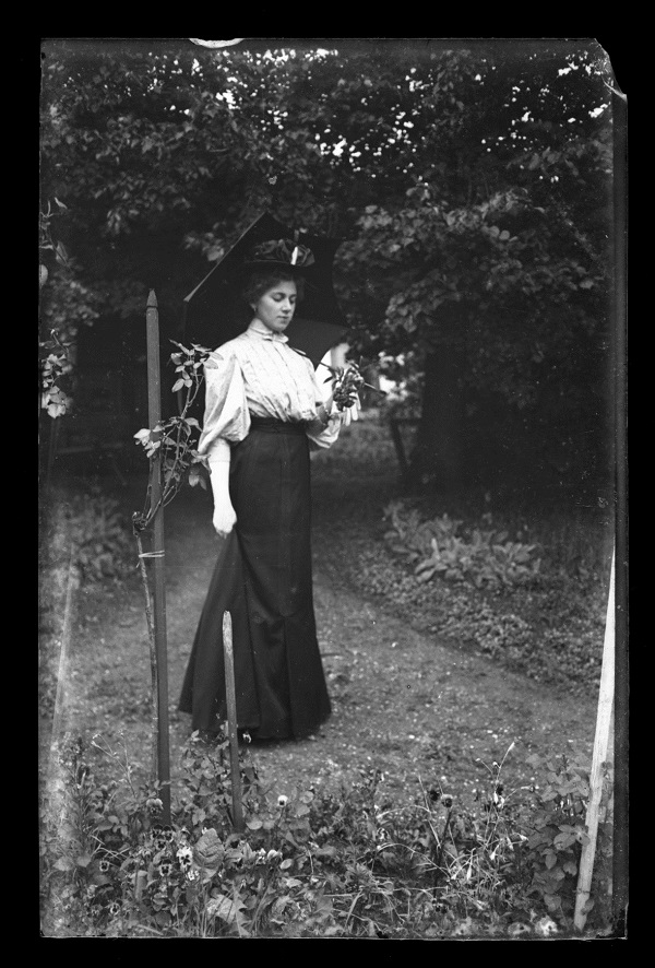 Ismeretlen nő portréja - Steiner Szilárd üvegnegatívjai (1900-1920) - Kuny Domokos Múzeum, CC BY