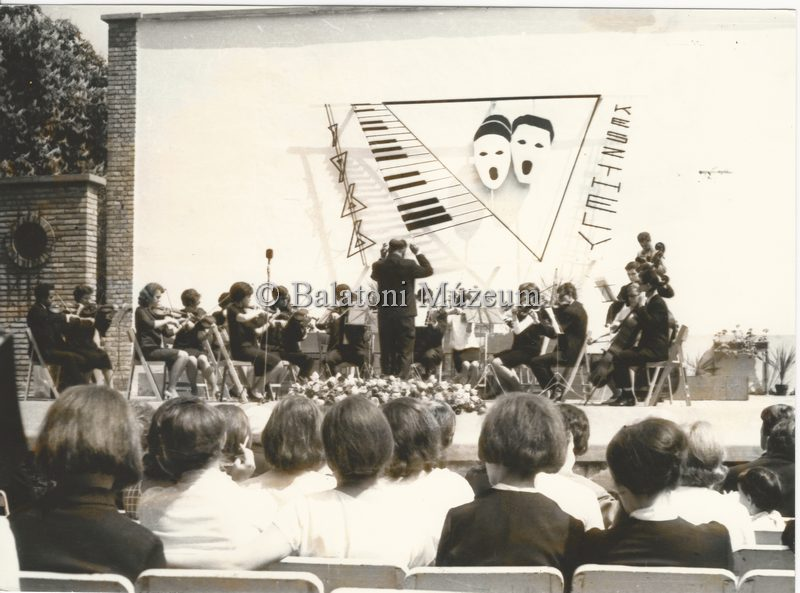 A keszthelyi Helikon 1966-ban (MaNDA)
