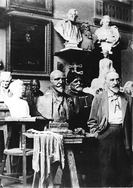 Gerbeaud Emil Stróbl Alajos műhelyében, Budapest 1918 - Magyar Kereskedelmi és Vendéglátóipari Múzeum, CC BY-NC-ND