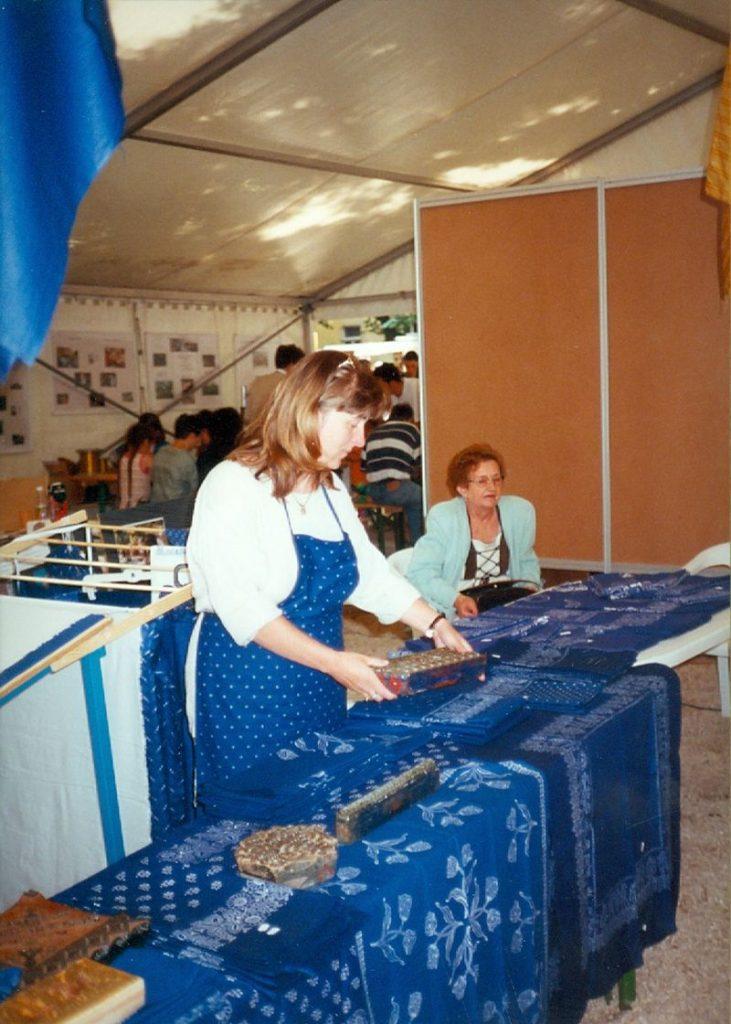 Kékfestők a majálison, 2000-ben (MaNDA)