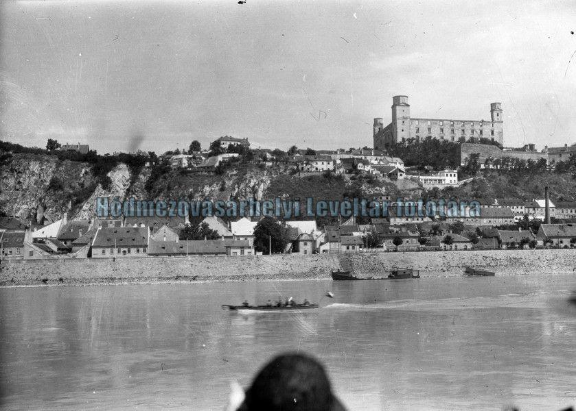 A romos állapotú vár az 1920-as években (MaNDA)