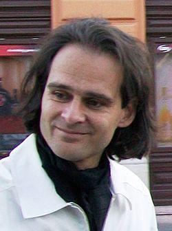 Az előadó (MaNDA)