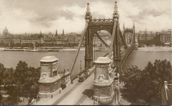 Budapest Erzsébet híd - MKVM, CC BY-NC-ND