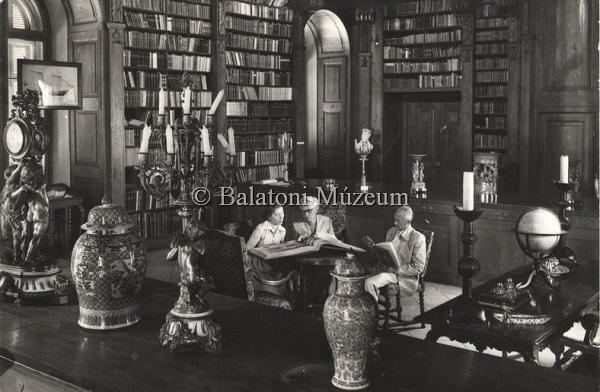 Keszthely. Helikon Könyvtár - Balatoni Múzeum, CC BY-NC-ND