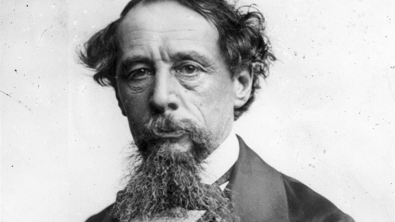 Charles Dickens asztaláért küzdenek az angolok