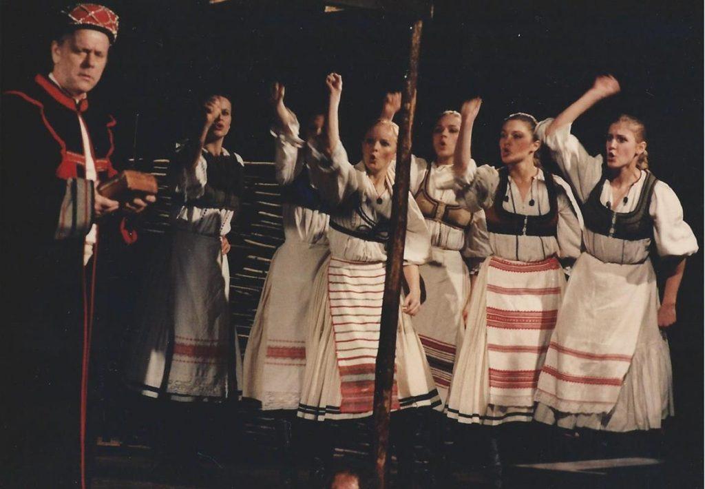 Jelenet a Nemzeti 1981-es Csíksomlyói passiójából (MaNDA)