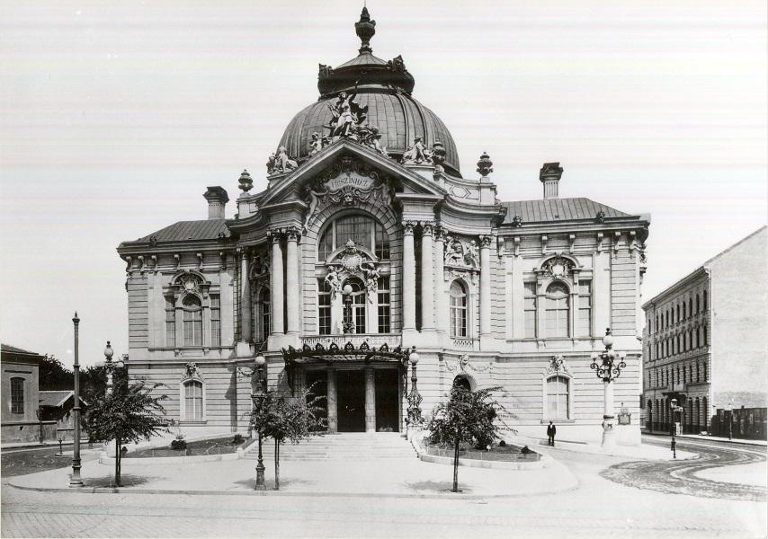 Vígszínház - Magyar Kereskedelmi és Vendéglátóipari Múzeum, CC BY-NC-ND