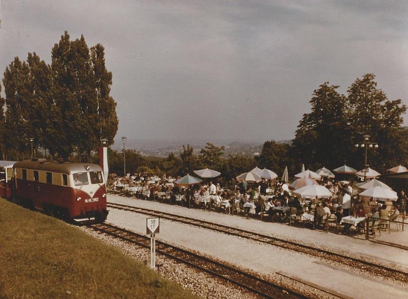 Utasellátó az Úttörővasútnál, Ságvári-liget megálló (1960-as évek) - Magyar Kereskedelmi és Vendéglátóipari Múzeum, CC BY-NC-ND