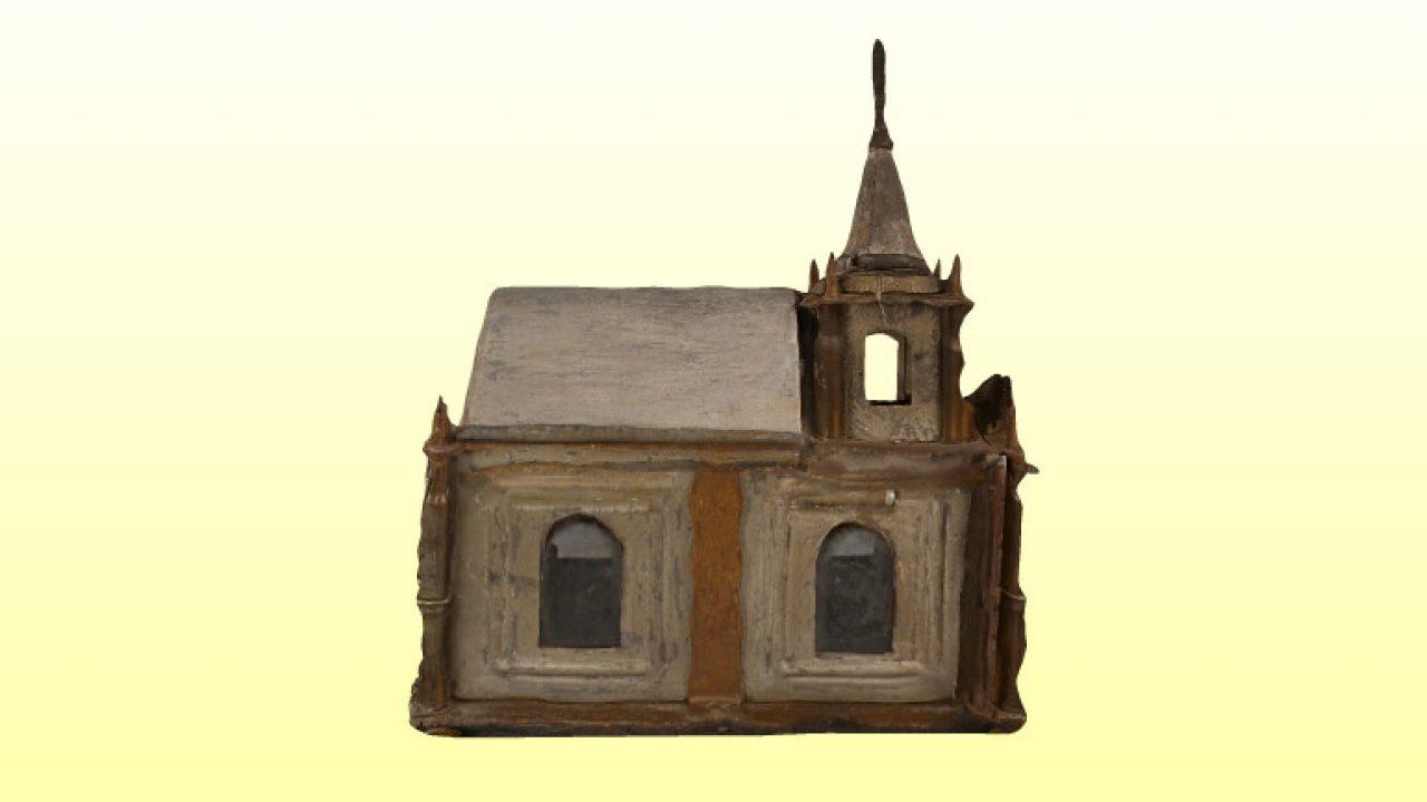 Honvágyból épített kápolna