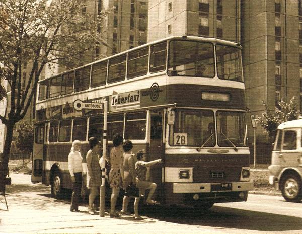 Emeletes busz Pécsen - Tóth Tibor Endre, PDM