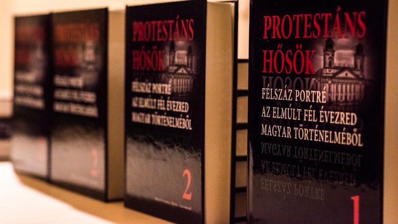 150 jeles protestáns három kötetben