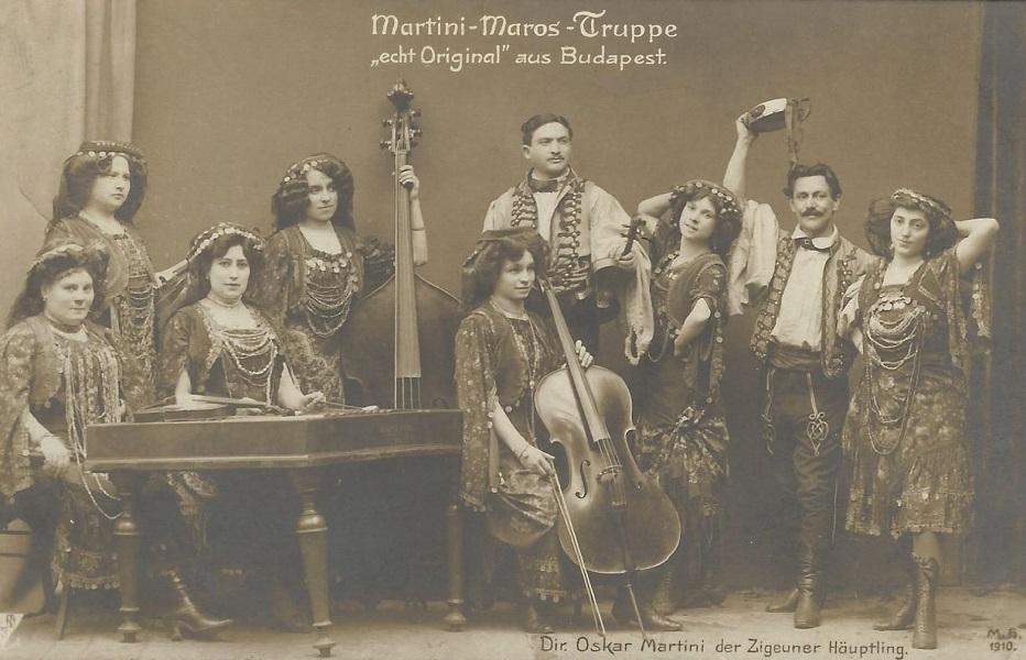 Női cigányzenekar, Martini-Maros-Truppe (1910) - Magyar Kereskedelmi és Vendéglátóipari Múzeum, CC BY-NC-ND