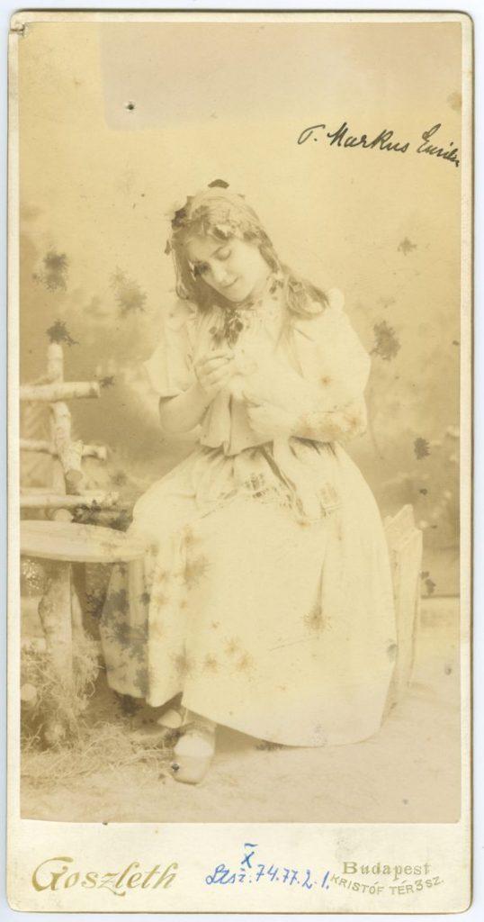 Márkus Emília jelmezben - Déri Múzeum, CC BY