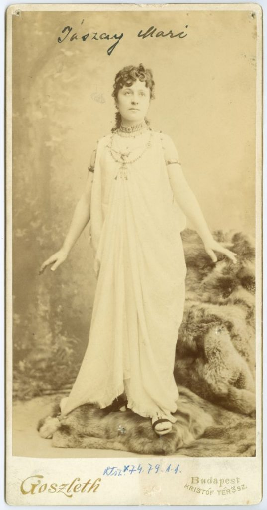 Jászai Mari jelmezben (Cleopátra) - Déri Múzeum, CC BY