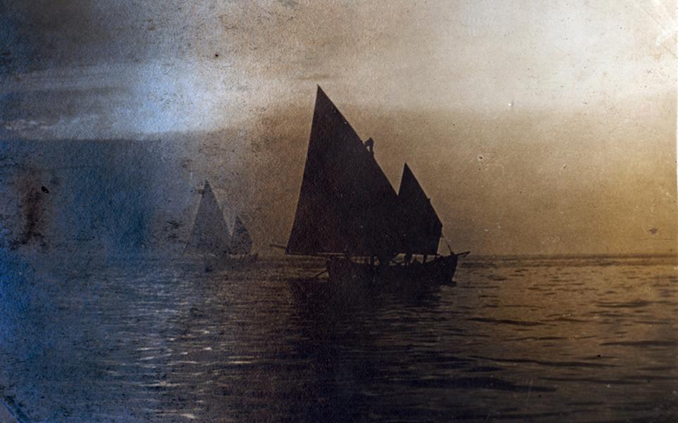 Békés vitorlás halászbárkák az Adrián - Magyar Ferences Könyvtár és Levéltár - CC BY
