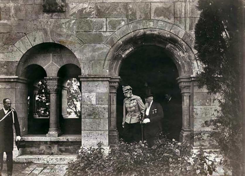 Ferenc József és Schulek Frigyes a Halászbástyánál - Balatoni Múzeum, CC BY-NC-ND
