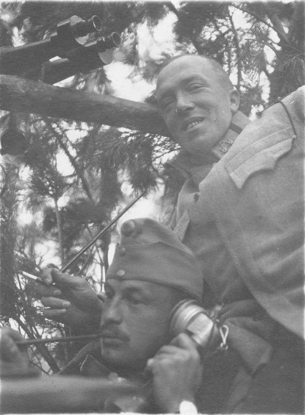 Tüzérségi megfigyelők - Thorma János Múzeum, CC BY-NC-ND