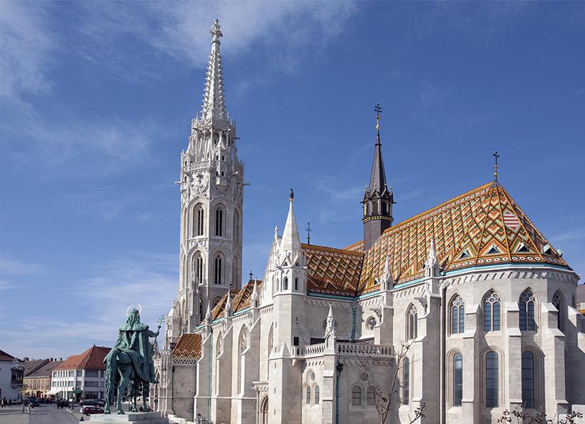 A Mátyás templom és a Szent István lovasszobra - Magyar Nemzeti Digitális Archívum és Filmintézet, CC BY-NC-ND