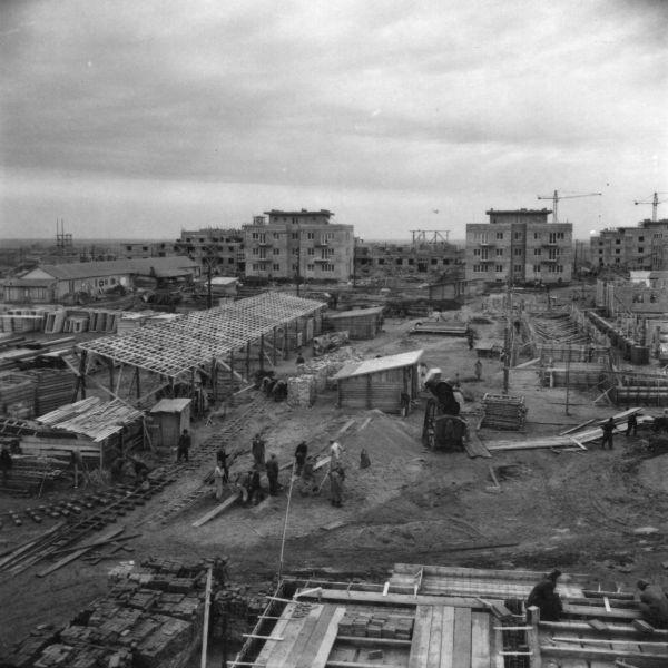 Építkezés -  Vasvári Pál Általános Iskola építkezése - Fortepan, CC BY-SA