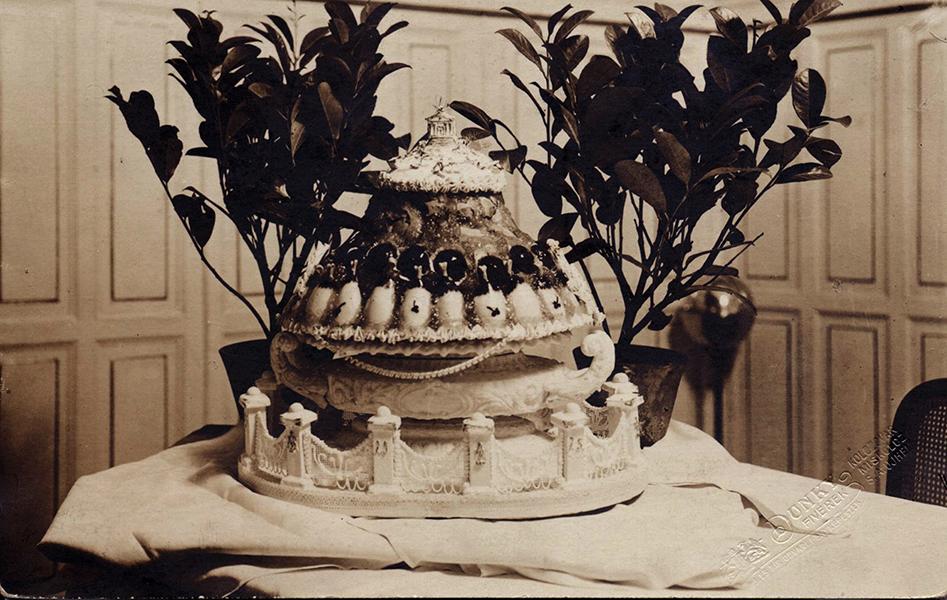 Fészl József cukrászkészítménye a New York szállodában - Magyar Kereskedelmi és Vendéglátóipari Múzeum, CC BY-NC-ND