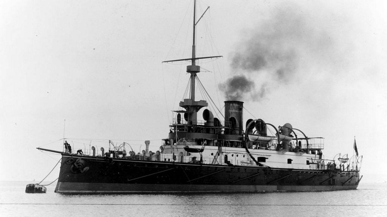 A megtorpedózott Wien, a szétvágott Monarch és a rommá lőtt Zenta