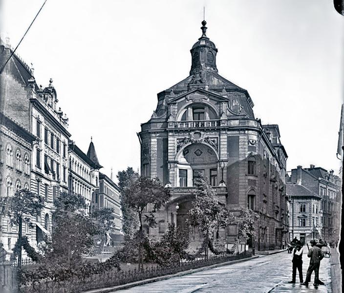 A Magyar Színház épülete - Kuny Domokos Múzeum, CC BY