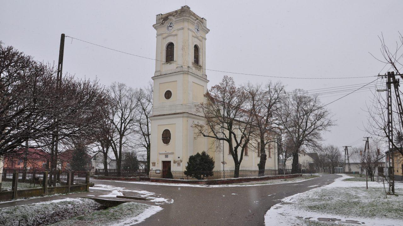 Jelentős vallástörténeti értékeket hordozó templomok újulnak meg