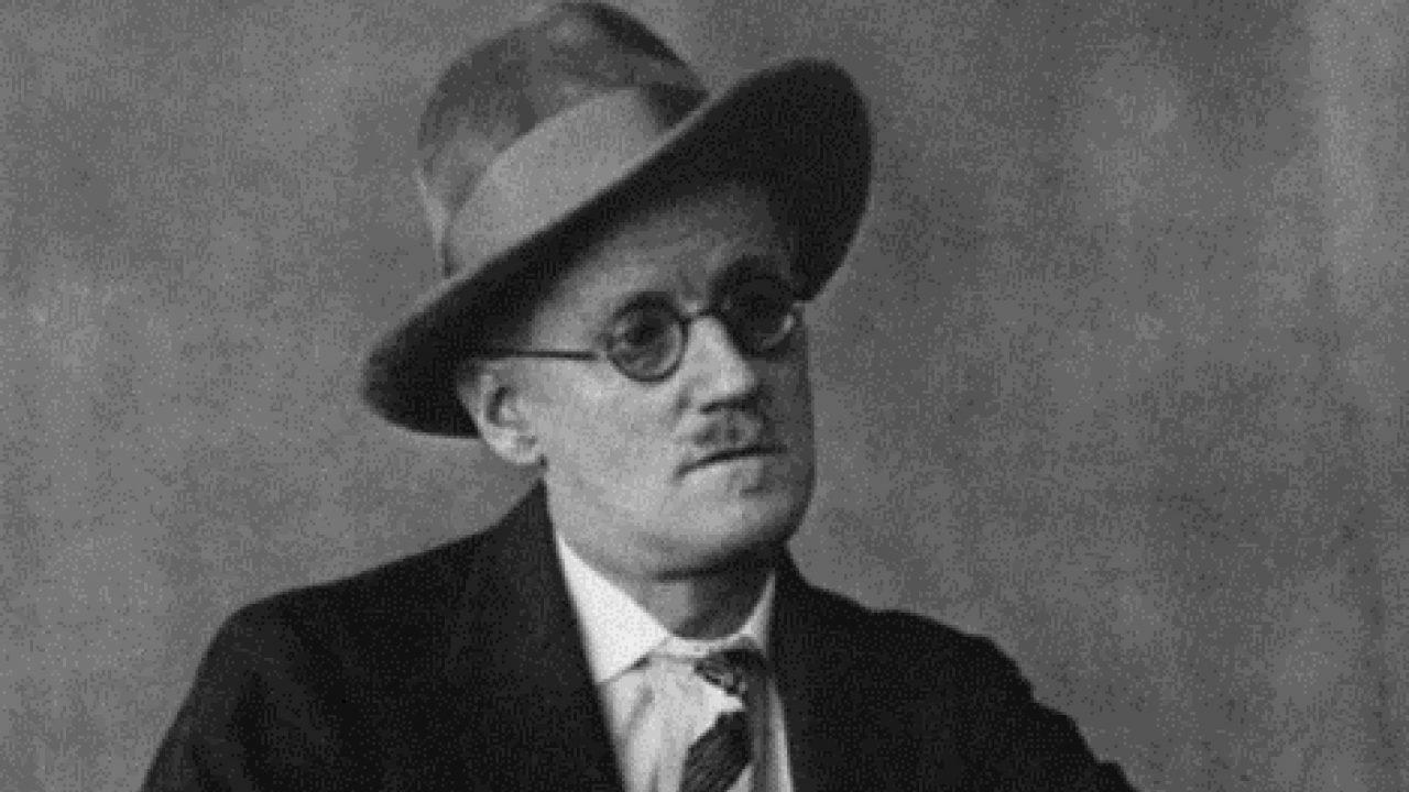 Hazavinnék James Joyce porhüvelyét
