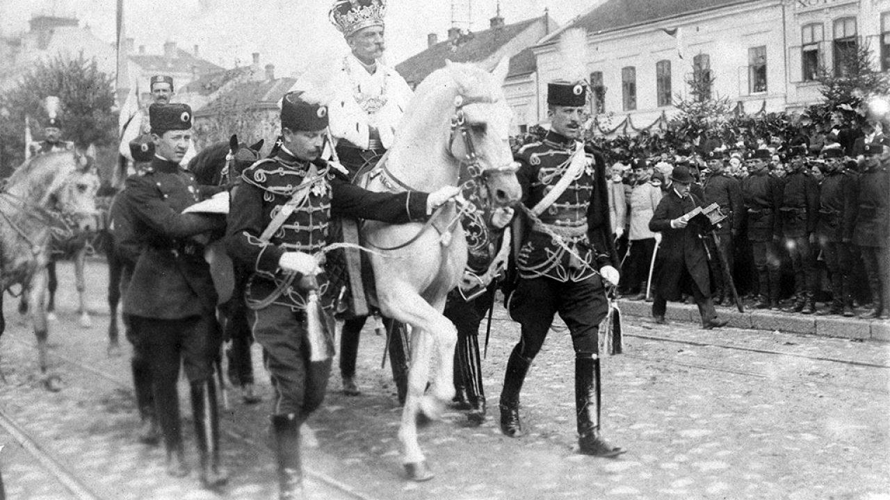 A délszlávok problémás királysága