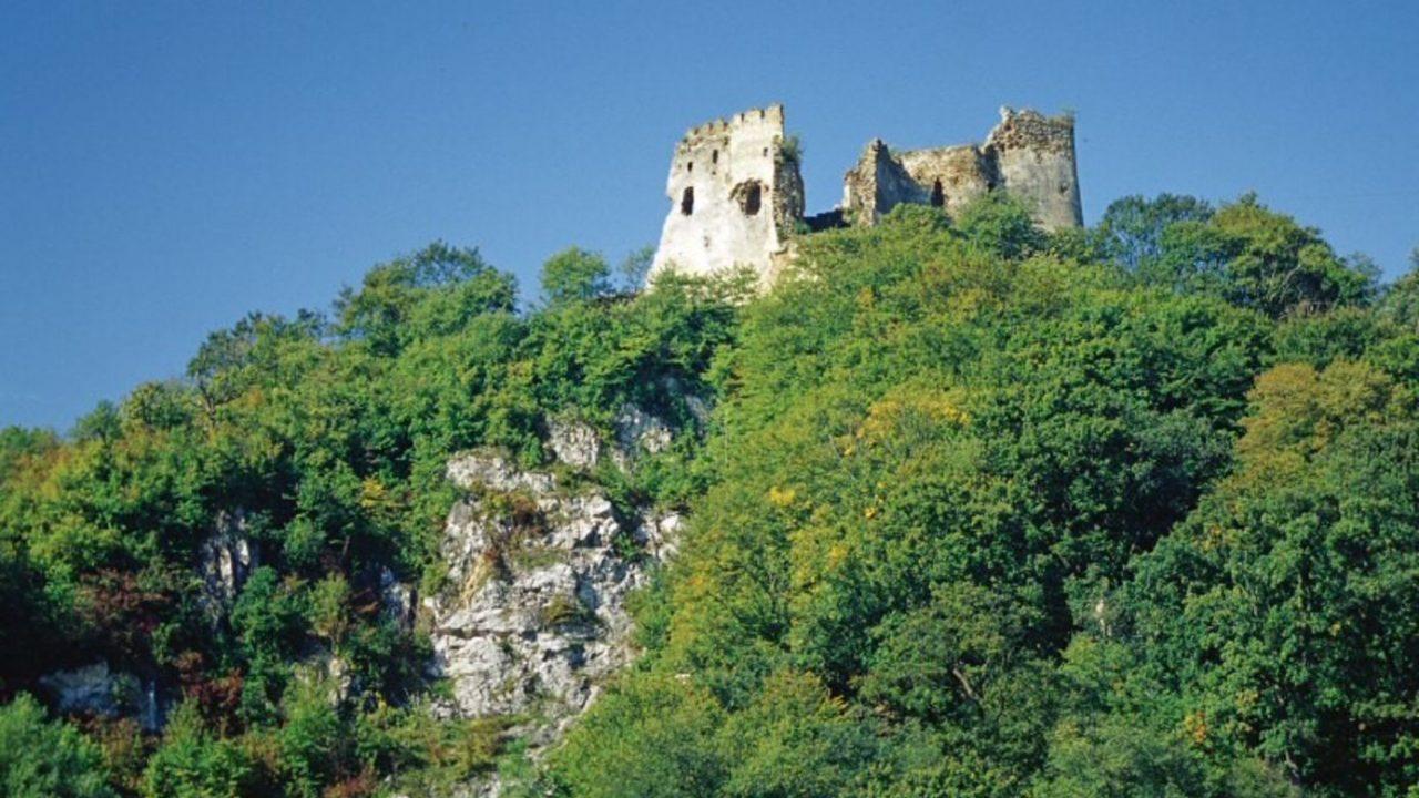 A vár, ahol a Hazugságok könyvét őrizték