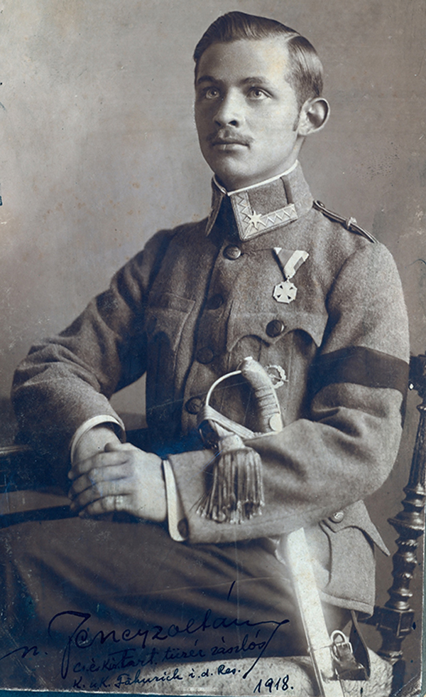 Jeney Zoltán császári és királyi tartalékos tüzér zászlós - Magyar Ferences Könyvtár, CC BY
