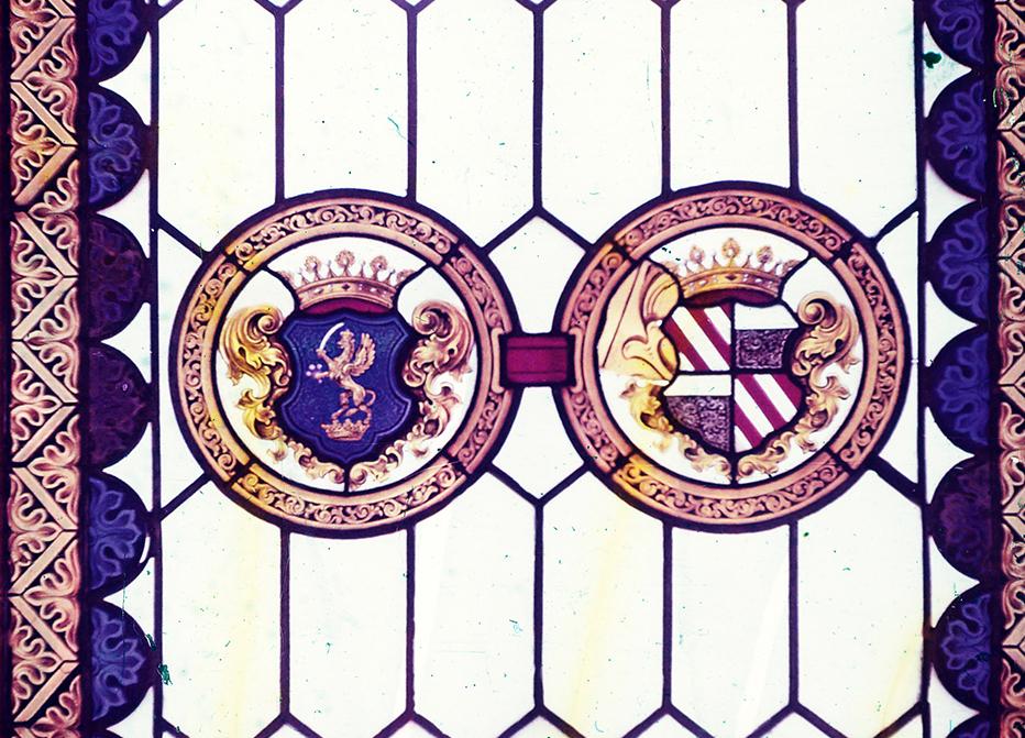 Címeres, színes üvegablak - Kuny Domokos Múzeum, CC BY